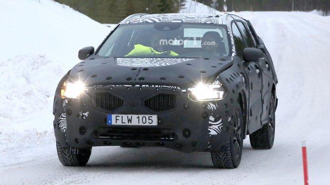 В Сети появились фото нового Volvo XC60 (3)