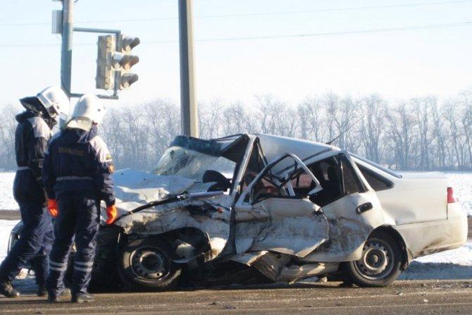 В Тихорецком районе в ДТП с КамАЗом погиб водитель Daewoo (3)