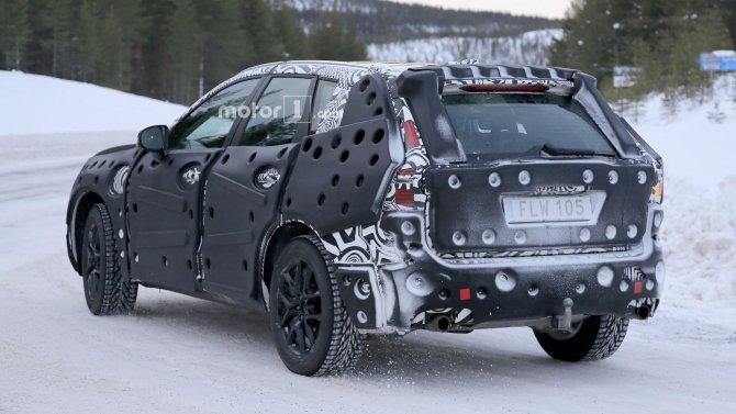 В Сети появились фото нового Volvo XC60 (8)