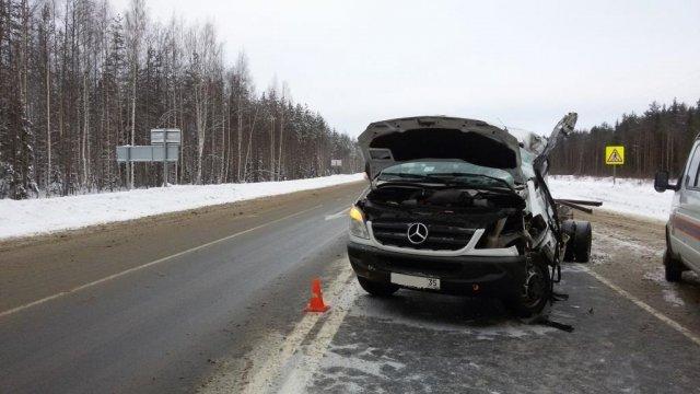 В ДТП с фурой под Вологдой погиб человек (3)