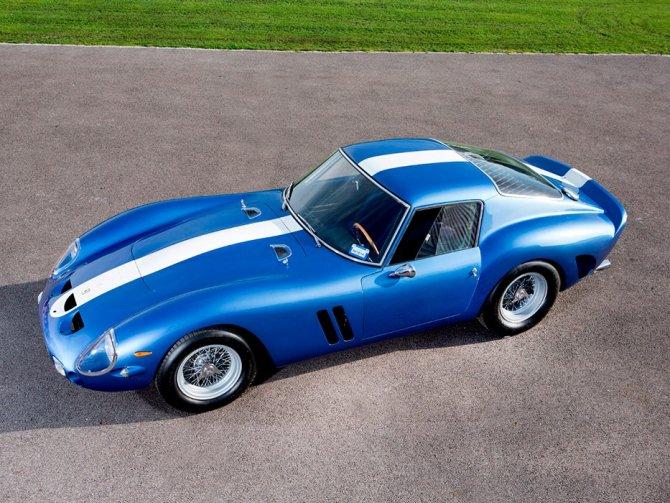 На продажу выставили самый дорогой автомобиль в мире - голубой Ferrari 250 GTO (1)