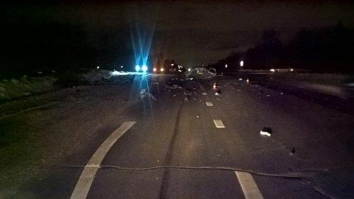 Под Вологдой в ДТП погибли молодой водитель и пассажирка (2)