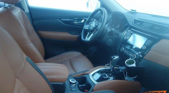В Сети появились снимки нового Nissan X-Trail (2)