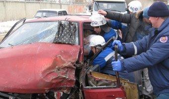 В Липецке девушке-водителю в ДТП вырвало колено