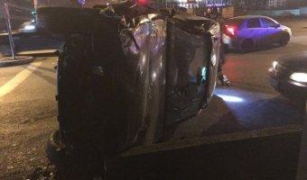 Водитель попал в реанимацию после ДТП на Октябрьской набережной