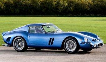 На продажу выставили самый дорогой автомобиль в мире - голубой Ferrari 250 GTO
