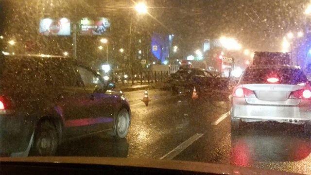 В ДТП на Ириновском проспекте в Петербурге погиб пассажир Mitsubishi (3)
