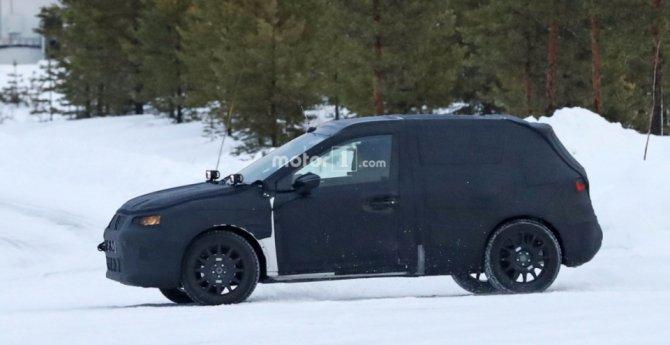 Кроссовер SEAT Arona заснят на зимних тестах (1)