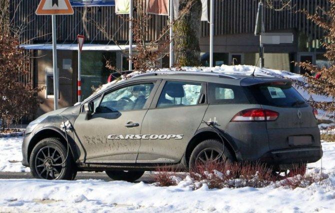 Новый Renault Captur проходит тесты в кузове универсала Clio (3)