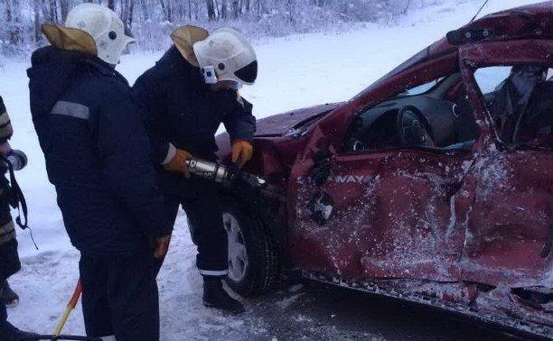 В ДТП с фурой под Тулой погибла женщина (2)