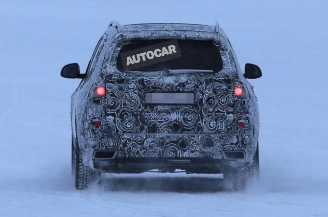 Новый BMW X7 2018 заснят во время тестов (1)