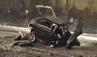 В ДТП под Петербургом погибли двое