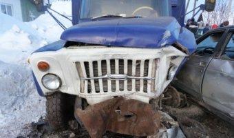 В Красноуфимске в ДТП погиб молодой водитель ВАЗа