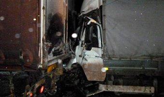 На трассе М-7 в Ядринском районе в ДТП с грузовиками погиб мужчина