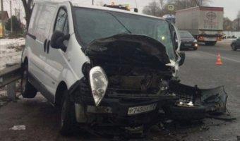 В ДТП с микроавтобусами в Верево пострадали пять человек