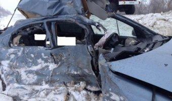 В ДТП с КамАЗом под Самарой погибли две женщины