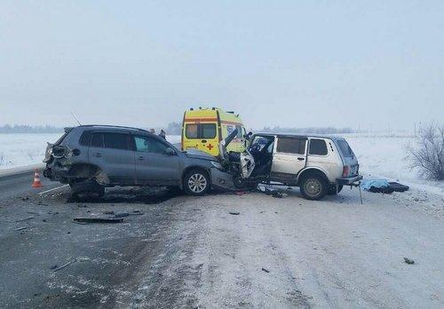 В ДТП под Оренбургом погибли два человека (2)