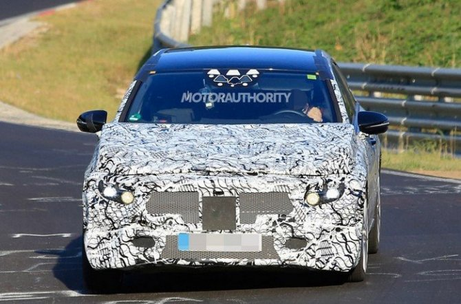 В Сеть выложили снимки Mercedes-Benz A-Class 2018.jpg