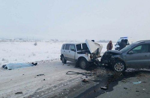В ДТП под Оренбургом погибли два человека (3)