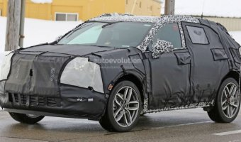 В Сети появились снимки Cadillac XT3