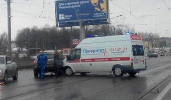 В Петербурге «скорая» попала в ДТП