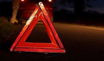 В Подмосковье автомобиль врезался в столб: погиб человек