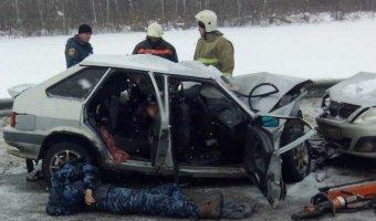 В ДТП с автобусом под Липецком погибли два человека