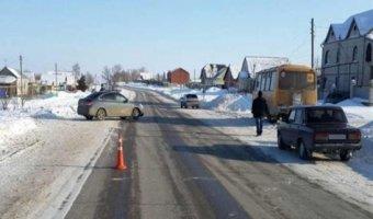 Под Самарой женщина на Chevrolet сбила двух школьниц