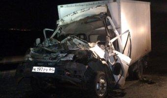 В ДТП под Саратовом один человек погиб и пятеро пострадали