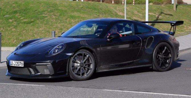 Обновленный Porsche 911 GT3 RS попал на фото (2).jpg
