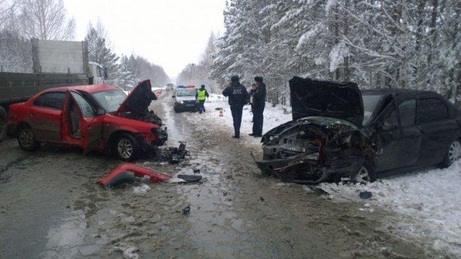 В ДТП под Асбестом пострадали четыре человека (2).jpg