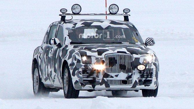 Автомобиль из проекта «Кортеж» попал в объективы фотошпионов (1).jpg