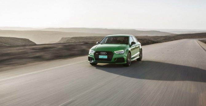Новый «заряженный» Audi RS3 Sedan показался на фото (6).jpg