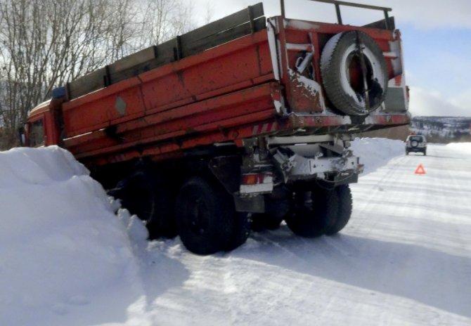В ДТП с КАМАЗом в Бодайбинском районе погиб человек (3).jpg
