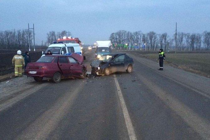 В ДТП на трассе «Ростов-Таганрог» погиб водитель «Лады» (1).jpg