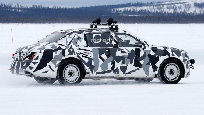Автомобиль из проекта «Кортеж» попал в объективы фотошпионов (8).jpg