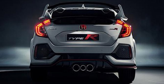 В Сети появились первые снимки хэтчбека Honda Civic Type R (2).jpg