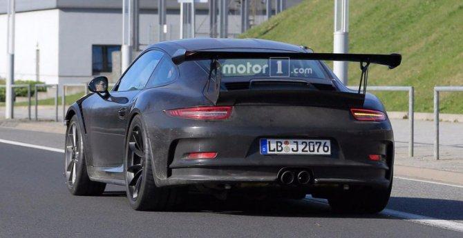 Обновленный Porsche 911 GT3 RS попал на фото (5).jpg