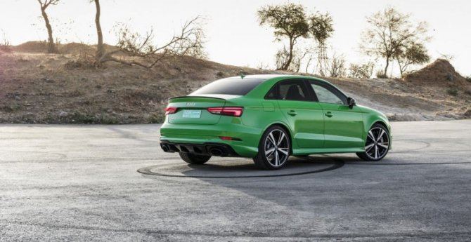 Новый «заряженный» Audi RS3 Sedan показался на фото (1).jpg