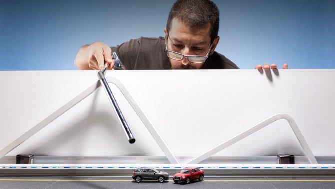 Audi показали процесс съемки рекламы с игрушечными машинками (4).jpg