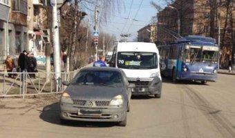 В Рязани в ДТП с маршруткой пострадали три человека