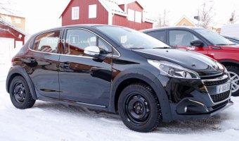 В Сеть выложили фото нового поколения хэтчбека Peugeot 208
