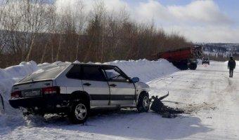 В ДТП с КАМАЗом в Бодайбинском районе погиб человек