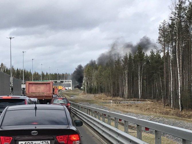 На ЗСД после аварии сгорел автомобиль (3).jpg