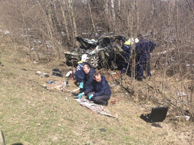 При столкновении двух автомобилей Toyota под Тамбовом погибли два человека (3).jpg