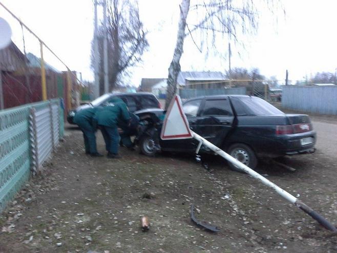 В Болгаре случилось ДТП возле пожарной части, что спасло потерпевших