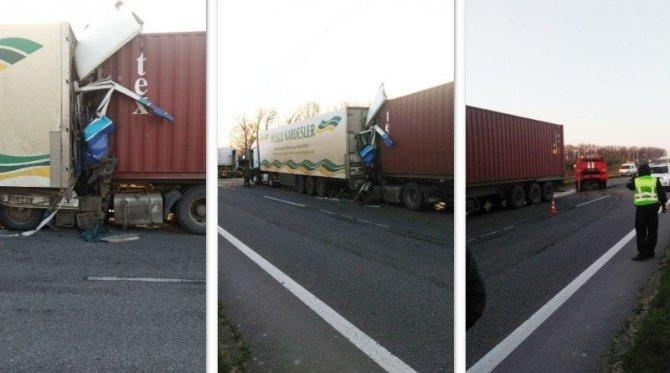 На трассе Одесса-Киев в расплющенной кабине фуры погиб водитель