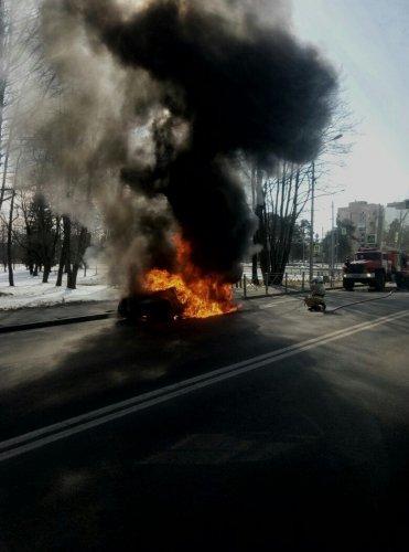 В Зеленогорске сгорела «Лада Ларгус» (2).jpg