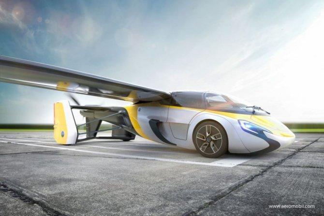 В Монако представили долгожданный летающий автомобиль (6).jpg