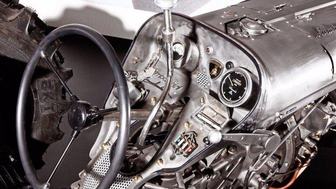 Lamborghini соберет пять тракторов за 250 тысяч евро (4).jpg